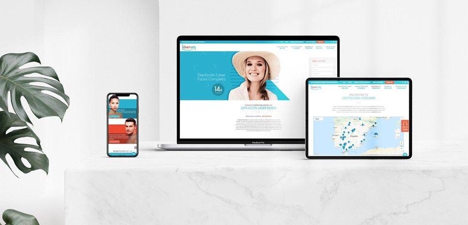 imagen destacada sobre la noticia del lanzamiento de la nueva página web de láserum donde se ve la web en la pantalla de un ordenador