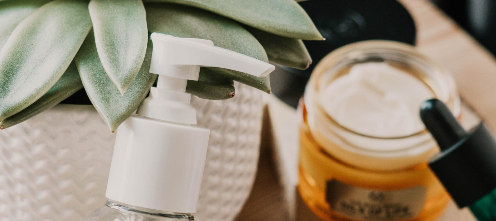 Cremas de aloe vera. Aloe vera y la depilación láser.