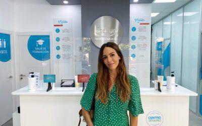 La influencer Rocío Osorno visita Centros Láserum